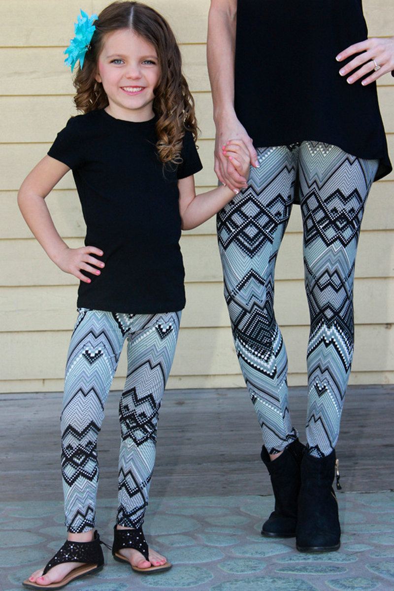 Matching Mother And Daughter Clothes Family Look Matching Pants Outfits Mommy And Me Kids Girls Women Leggings Suit Clothing (21)