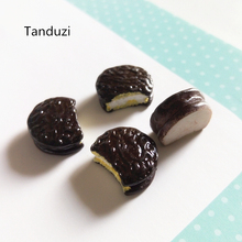 Tanduzi 20pcs Japanese Kawaii Flatback Resin Cabochons Simulation Food Chocolate Cake DIY Dollhouse Miniature Resin Crafts(China)