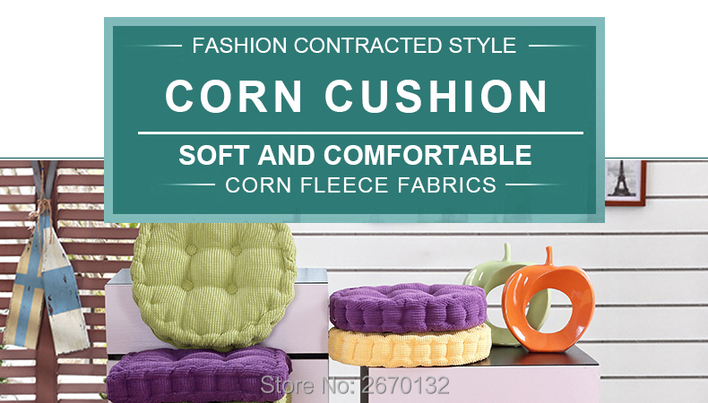Corn-Cushion-790-01_01