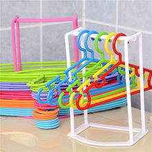 Smart Design Practical Plastic Clothes Hanger Stacker Holder Storage Organizer Rack Stand Sorting Travel Home Household Tools