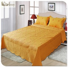 European Quilted Coverlet Set Queen King Embroidered Patchwork Quilt Comforter Set Bedspreads 200 230cm(China)