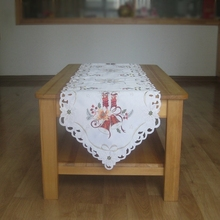 New For 2016 Christmas Embroidery Xmas Table Runner Satin Embroidered White Tablecloth Cutwork Table Flag Towel Cloth Covers
