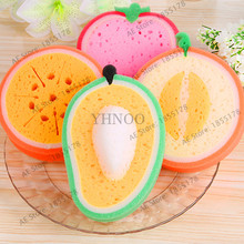 1Pcs Mixed color Fruit Bath cotton bath Sponges Cute fruit Bath Ball Brushes Scrubbers bathroom kitchen supply(China)