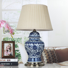 Jingdezhen Vintage style porcelain ceramic desk table lamps for bedside chinese Blue and White Porcelain table lamp decoration
