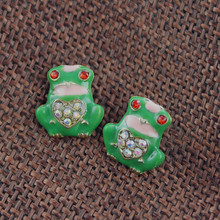 Fashion stud earrings 2014 Fashion new pure and fresh quietly elegant contracted green frog earrings 516 restoring ancient ways