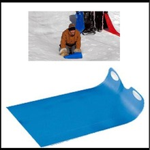 Flying Carpet Snow Sled Grass skiing Carpet With Polyethylene Snow Tubes Snowboard trineos para la nieve XQ11(China)
