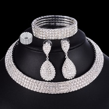 4 PCS Luxury 웨딩 Bridal Jewelry Sets 대 한 브리드 Women Necklace Bracelet 링 Earring Set 탄성 로프 Silver Crystal Jewelry(China)