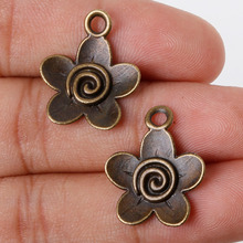 11pcs 22x18mm Antique Bronze Metal Pendant Five Flowers Charms Jewelry Findings Accessories for DIY