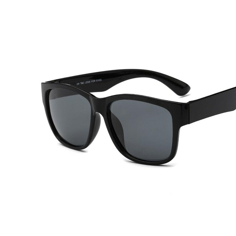 Men Driving Mirrors Coating Points Black Frame Eyewear Male Sun Glasses UV400 Fashion Brand Sunglasses Men Polarized Sunglasses <br><br>Aliexpress