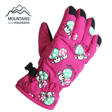 2016 New Arrival Anti-slip Children Warm Ski Snow Snowboard Gloves Winter Warm Gloves Cartoon Designs 4 colors