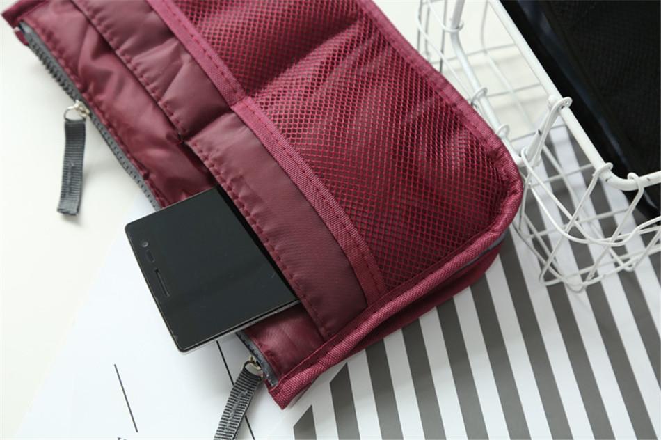 cosmetic bag (24)