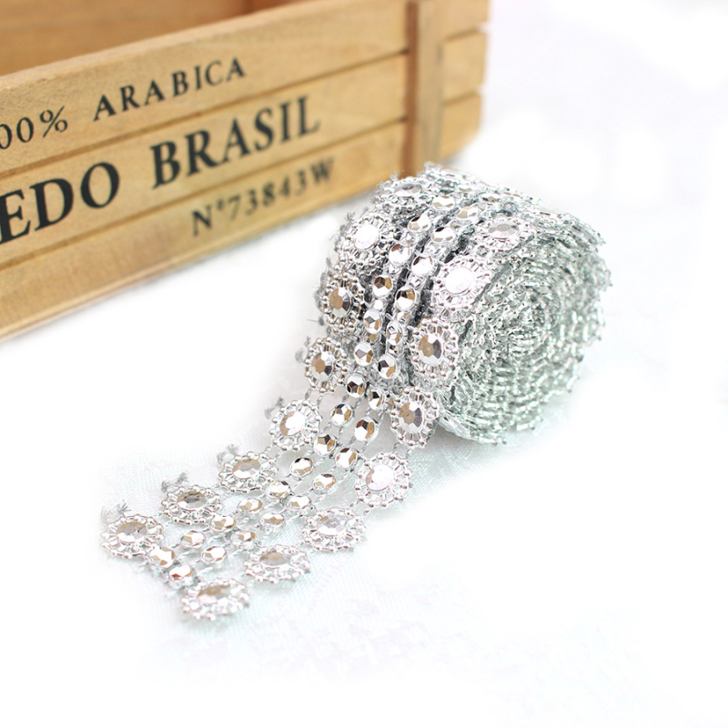 bridal cake topper bling party 2.7cm Round Silver Diamante  Brooch