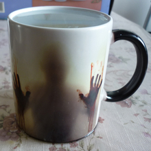 The Walking Dead Coffee Mug Heat Sensitive Morph Milk Mugs Transforming Cup Cold Hot Heat Changing Color Magic Mug Tea Cups(China)