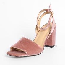 2017 Summer New Korean Version Of The West Cashmere Shoes Square Head Toe Thick High With Women's Sandals Heel 6-8 CM XWF1346-2