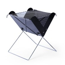 Iron Barbecue Grill 26 x 25cm Folding Portable X Shape Iron Outdoor BBQ Charcoal Grill Outdoor Camping Cooker Smoker