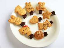 1Pc Hot Sale Kids Cute Cartoon Biscuit Hair Clip Resin Cartoon Cookies Hair Pin Bear Rabbit Star Heart Hair Clip Hair Accesories(China)