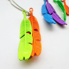 Vintage Painted Long Chain Alloy Feather Pendant Necklace For Women Fashion Accesories Wholesale