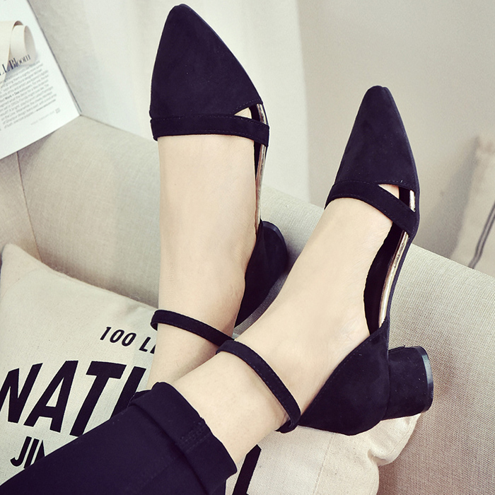 2017 spring and summer Korean version of the word buckle pointed thick with female high heels shoes hollow sexy sandals Rome<br><br>Aliexpress