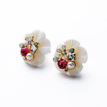 NEW ! High Quality Natural shell crystal flowers imitation pearl Diamonds Earrings  For Women earings fashion jewelry