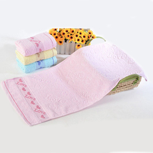 Soft touch 33*73cm Pure Cotton Face Towels with Heart Pattern Absorbent Face Towels 3 Colors For bathroom/kitchen(China)