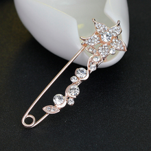 Large Brooch vintage brooch pins female pins and brooches for women collar lapel pins badge flower rhinestone broches jewelry