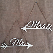 Free Shipping One Pair Mr & Mrs Wooden Wedding Signs Rustic Wedding Wood Directional Sign Reception Arrow Hanging with Hemp Rope