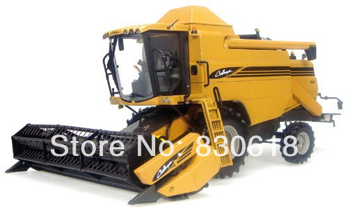 UNIVERSAL HOBBIES Uh 2663 challenger 645 combine harvester alloy Construction vehicles toy(China (Mainland))