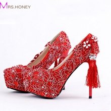 Red Lace Wedding Shoes Chinese Style Handmade High Heeled Bridal Shoes Satin Cheongsam Dress Shoes Women Party Pumps Tassel