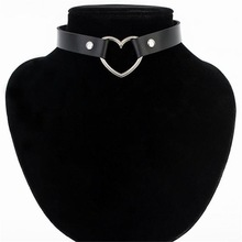 Hot Brand Name Sexy Punk Gothic Leather Heart Studded Choker Necklace Spike Rivet Buckle Collar Necklace Women Fine Jewelry Gift