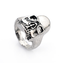 Punk skull ring domineering personality influx of people retro ring ring influx of men and men's fashion jewelry free shipping