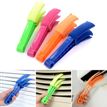 1pcs / 3pcs! New Arrival  Microfiber Venetian Blinds Duster Slat Cleaner Triple Dust Clean Clip Brushes Cleaning Dust Tools.