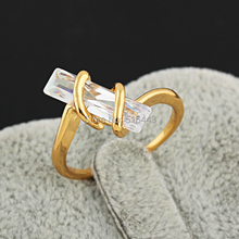 Upscale Brand Jewelry Big Rectangle Cubic Zirconia 18K Gold Geometric Engagement Wedding Rings for Women A982