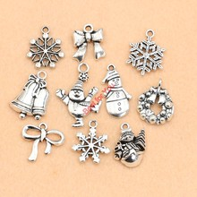 Christmas Charm Antique Silver Plated Zinc Alloy Snowflake Charms Pendants fit Bracelet Jewelry Making Accessories 10pcs
