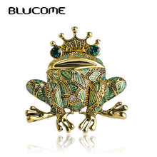 Blucome Vintage Black Frog Brooch Green Eyes Insect Toad Brooches For Men Women Kids Sweater Scarf Coat Accessories Jewelry Pins(China)