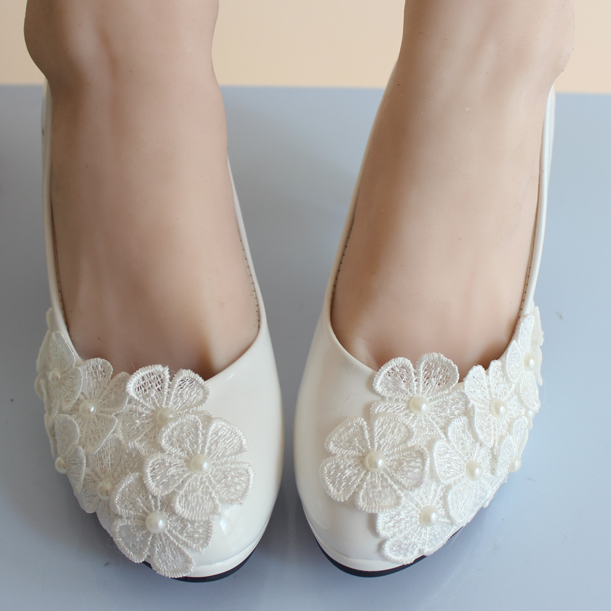 Summer wedding shoes pearl flower bridesmaid bridal shoes white shoes women pumps<br><br>Aliexpress
