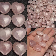 Bling-World Fashion Man Women Natural Rose Quartz Crystal Carved Heart Shaped Palm Healing Love Gemstone Delicate Jewelry Oct17(China)