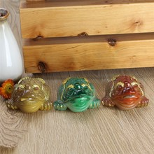 Traditional 3 Colors Resin Color Changing Lucky Money Toad Figurine Statue with the Coin Feng Shui Tea Pet Home Ornaments(China)