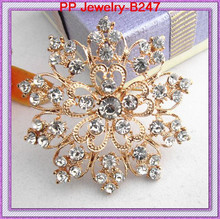 Gold Tone Clear Diamante Flower Women Jewelry Brooch Wedding Cake Pins Popular Pretty Rhinestone Floral Brooch(China)