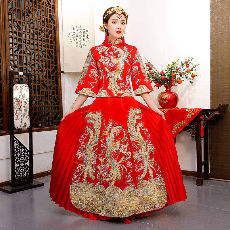 Red Qipao Women Bride Traditional Wedding Gown 2018 New Chinese Phoenix Embroidery Dress Cheongsam Style Chinois Femme