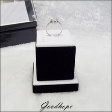 Best Jewelry Display Holder Case for Rings Fine Jewellery Exhibitor Stand Tower in White PU with Black Velvet Showcase 5*5*5.5CM