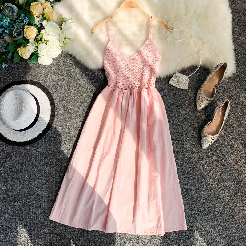 19 new fashion women's dresses Fresh openwork knit stitching V-neck strap high waist dress 9