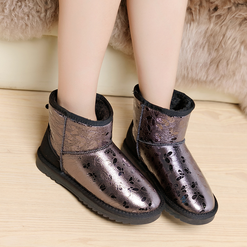 Women Snow Boots 2017 Fashion Snow Botas Mujer Shoes Women Winter Warm Fur Ankle Boots For Women Soft Leather Winter Shoes Flats<br><br>Aliexpress