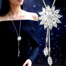 Zircon Snowflake Long Necklace Sweater Chain Fashion Fine Metal Chain Crystal Rhinestone Flower Pendant Necklace