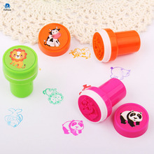 12PCS/Lot Kids Cartoon Animal Stamp Children Custom Plastic Rubber Self Inking Stamps Toys