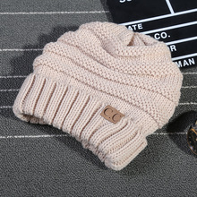 Women Winter Beanies Men/Female Hat 2017 Hot Europe CC Tag letter Labeling Knitting Cap Sleeve Cap Outdoor Warm Hat WQ246
