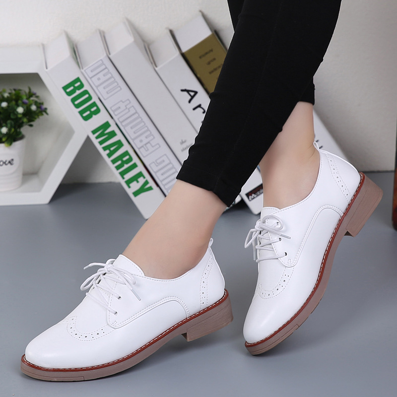 Women Brogue Shoes Brand Women Casual Lace Up Leather Women Flats Shoes 2016 New Fashion Female platform White Shoes Ladies 308<br><br>Aliexpress