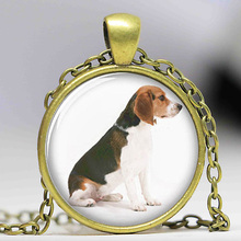 1pcslot Beagle necklace , Sitting cute dog print Photo Dog necklace
