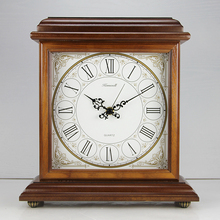 2016 New Brand Wooden Desk Clock Antique Style Stopwatch European Square Clock Quartz Bamboo Square Brown Relogio De Mesa KZ217