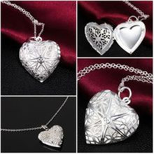 The latest heart-shaped necklace love to play open a small photo Korean female hollow box necklace with flower