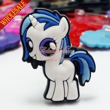 Single sale My little Ponies Lovely cartoon decoration Pins badges brooches collection DIY charms fit Clothes Bags shoes